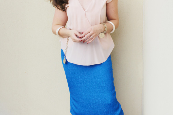 Lady Melbourne wears a blue midi skirt