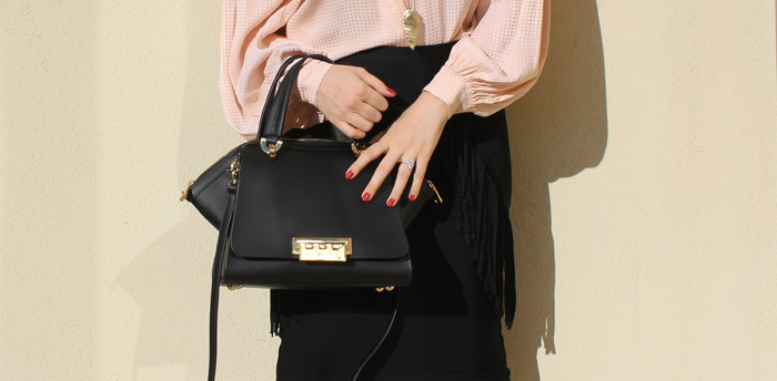 A chic bag maketh any outfit