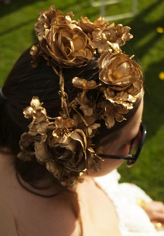 [EVENT St-Valentin 1992] Le bal masqué Lady-melbourne-flower-crown-1