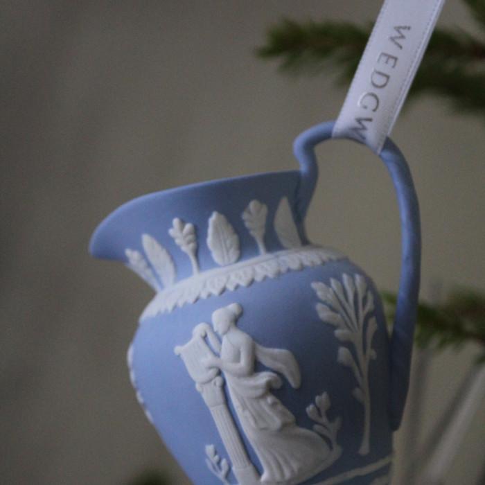 wedgewood-christmas-ornament-urn & wedgewood-christmas-ornament-urn | Lady Melbourne a fashion blog ...