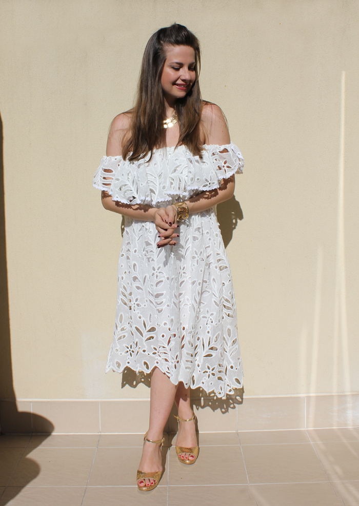 Lady Melbourne wearing white lace dress from Chicwish.com | www.ladymelbourne.com.au