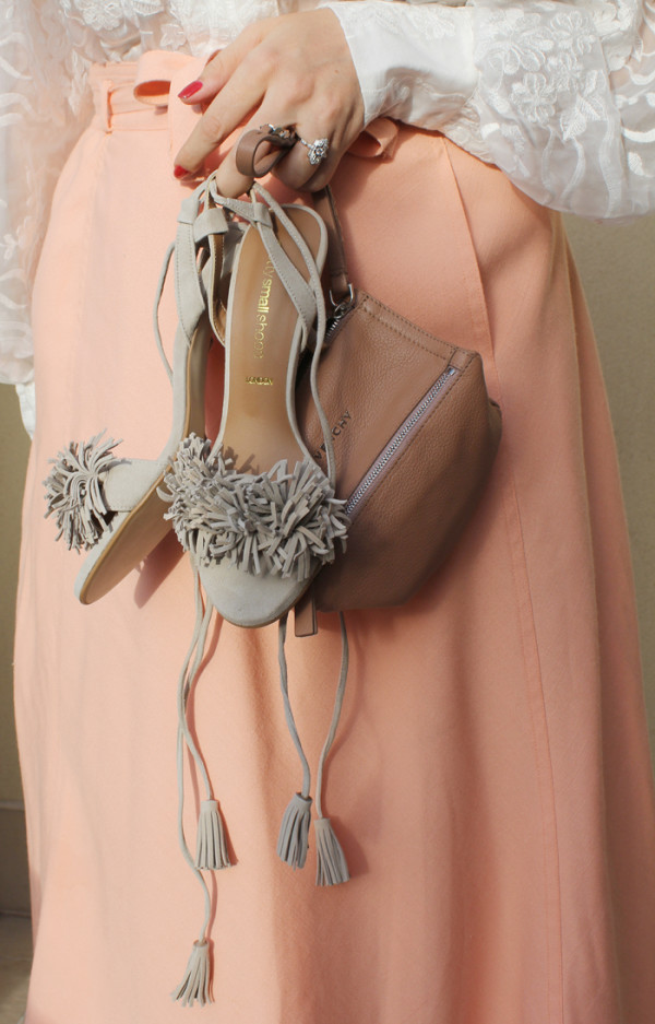 Vintage skirt with luxury accessories | www.ladymelbourne.com.au
