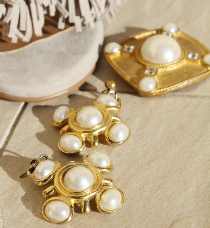 vintage-chanel-jewellery