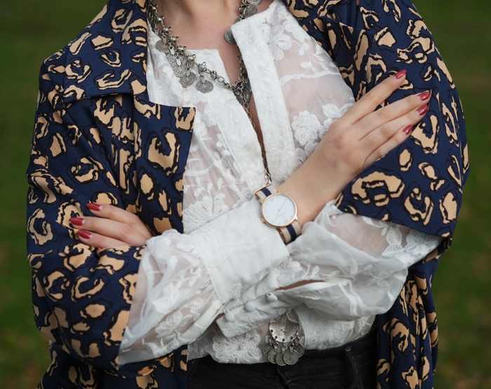 Mix prints and textures | www.ladymelbourne.com.au