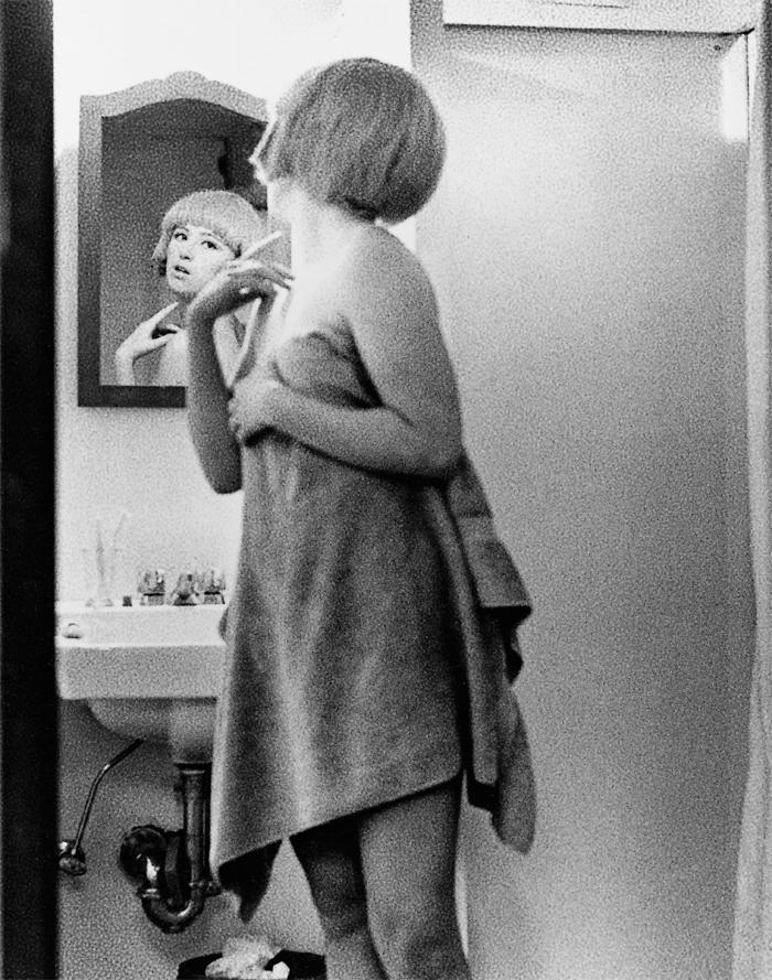 Film Still 2, 1977, Cindy Sherman