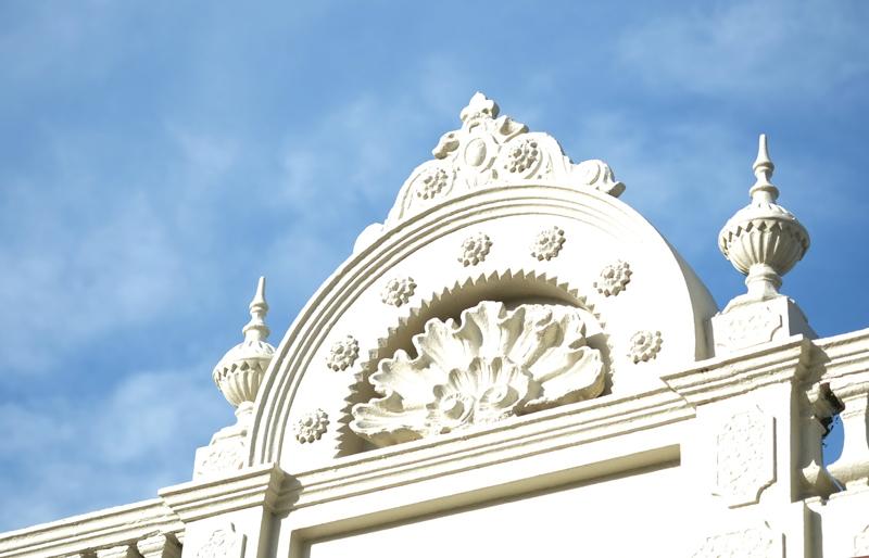 Victorian facade | more on www.ladymelbourne.com.au