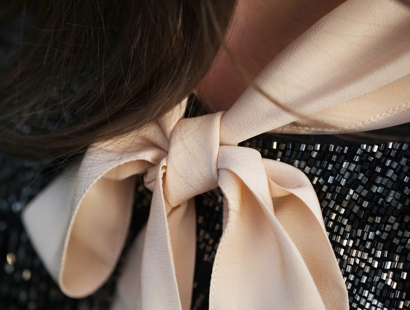 Silk pussy bow blouse | more on www.ladymelbourne.com.au
