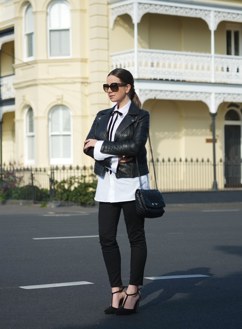 Lady Melbourne wearing a monochrome outfit | more on www.ladymelbourne.com.au