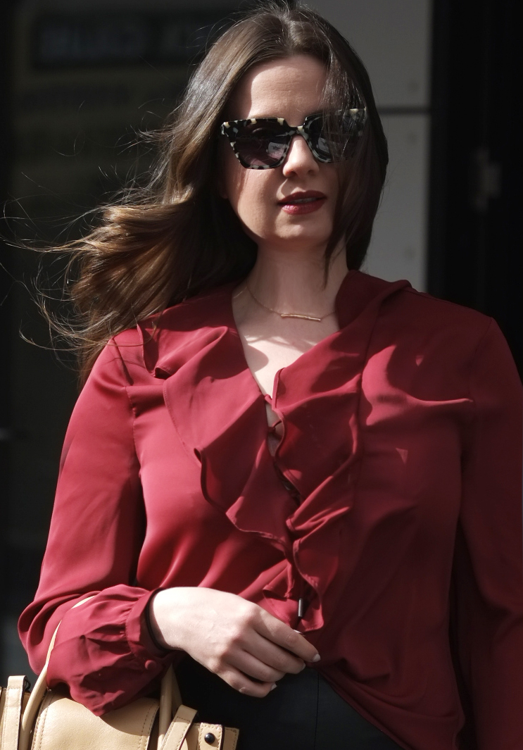Lady Melbourne wearing L'Academie blouse | more on www.ladymelbourne.com.au