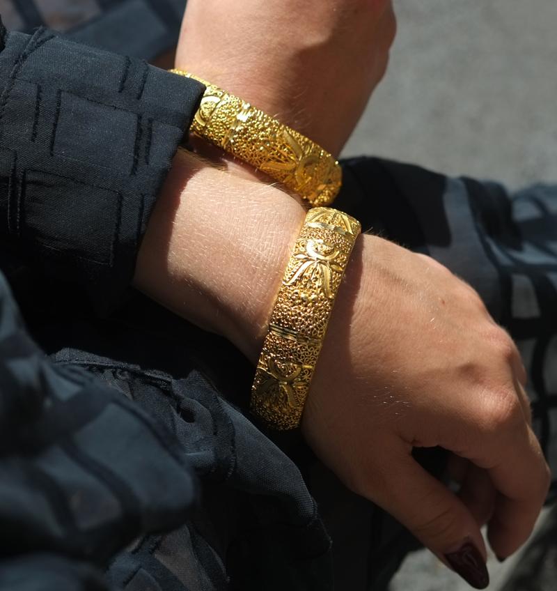24 carat gold bangles