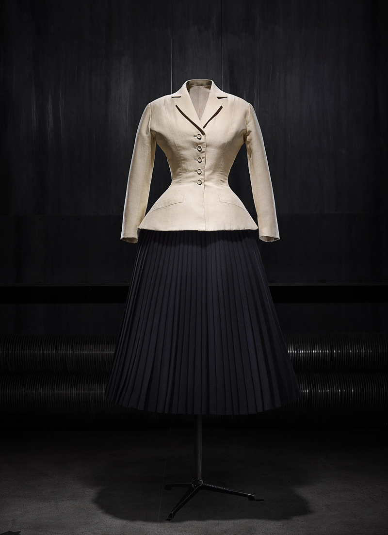 Christian Dior exhibition at the NGV in Melbourne | more on www.ladymelbourne.com.au